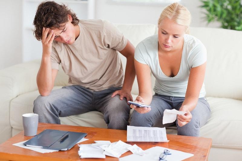 Problemas Económicos en la relación